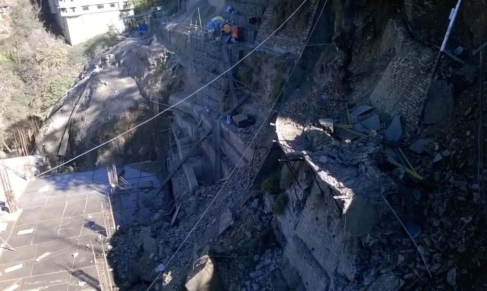 Landslide near Lift in Shimla